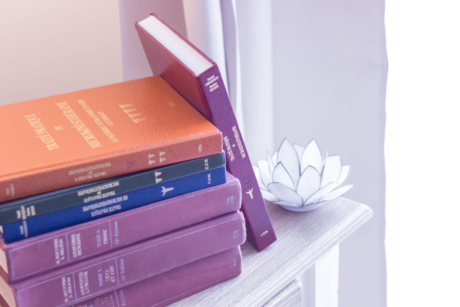 Books And Lotus Véronique Bauduin - Microkinésithérapie Microkinésithérapeute Belgique